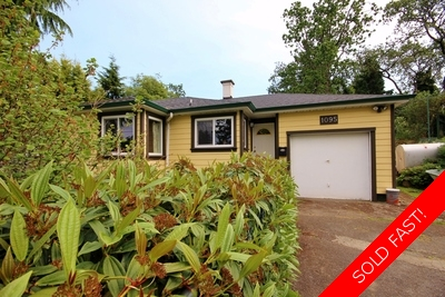 Character House For Sale in Victoria - $434,900 - 1250 sq ft, 7700 sqft lot!