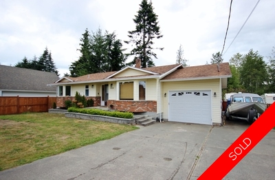 Wonderful Family Home in Sooke - Rancher/Bungalow - 1450 sqft 3 bed 2 bath on 0.33 Acre Level Lot!